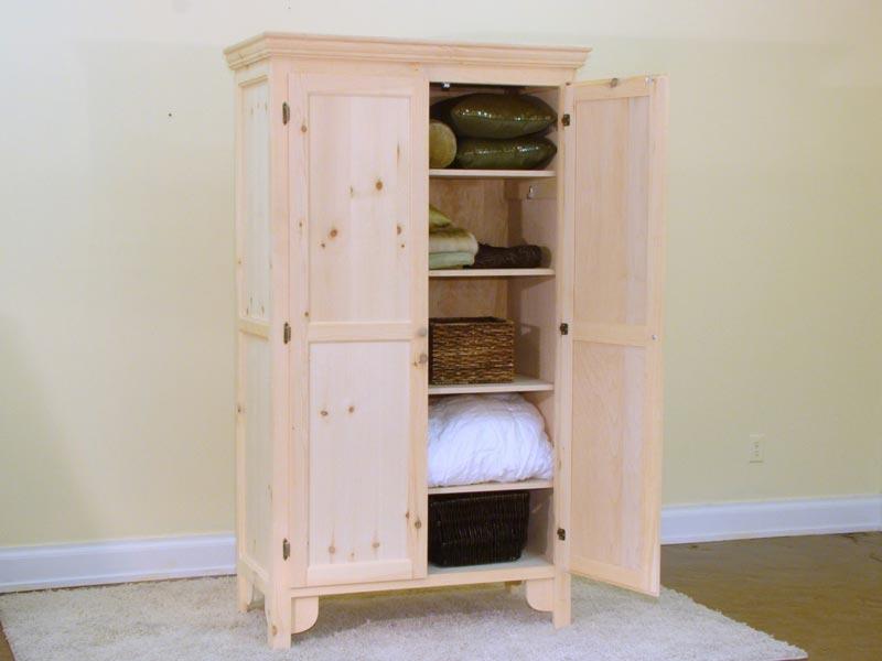 linen closet adjustable shelving
