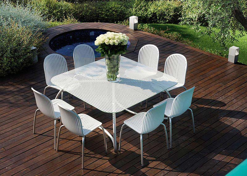 Garden Tables And Chairs El