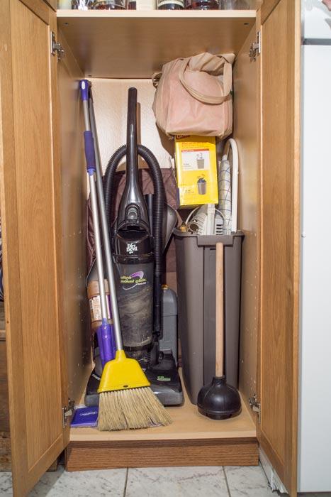 alivans broom closet