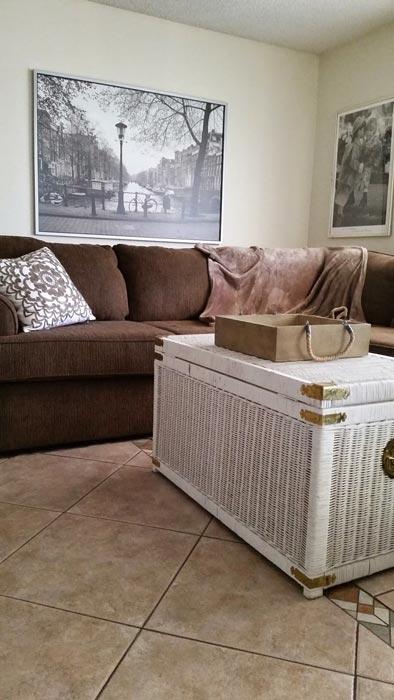 white wicker trunk coffee table