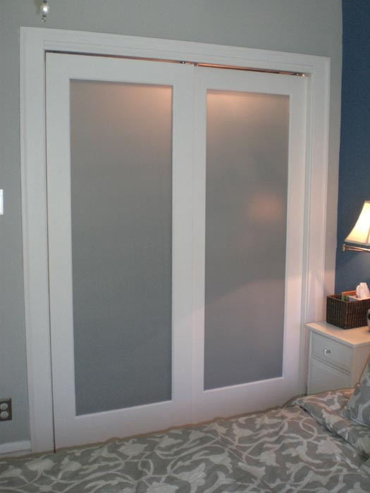 bifold frosted glass doors