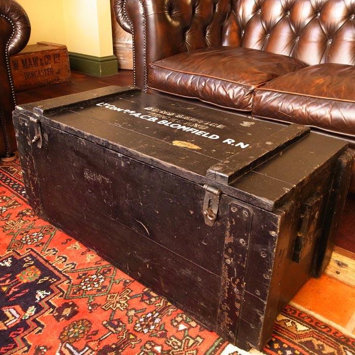 grande rustic coffee trunk table