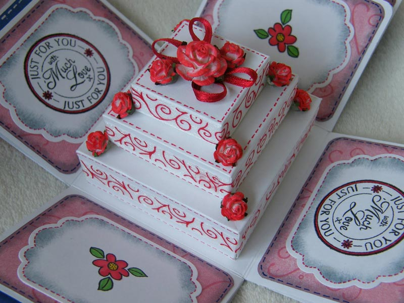 how to decorate a box cake