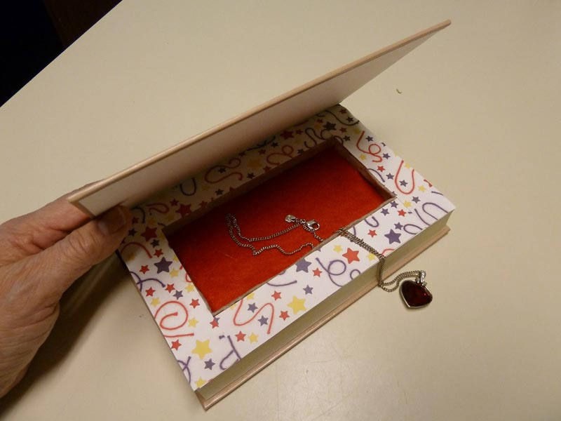 how to make a jewelry box from a book