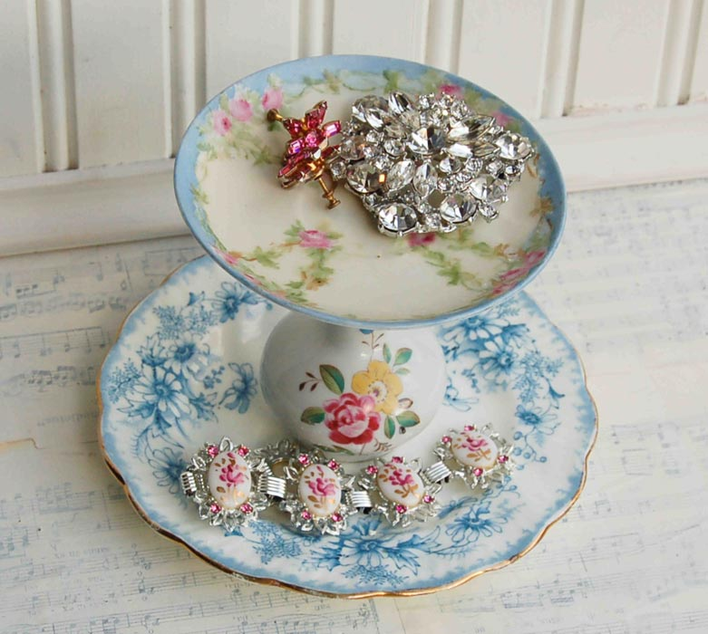 cake stand for jewelry