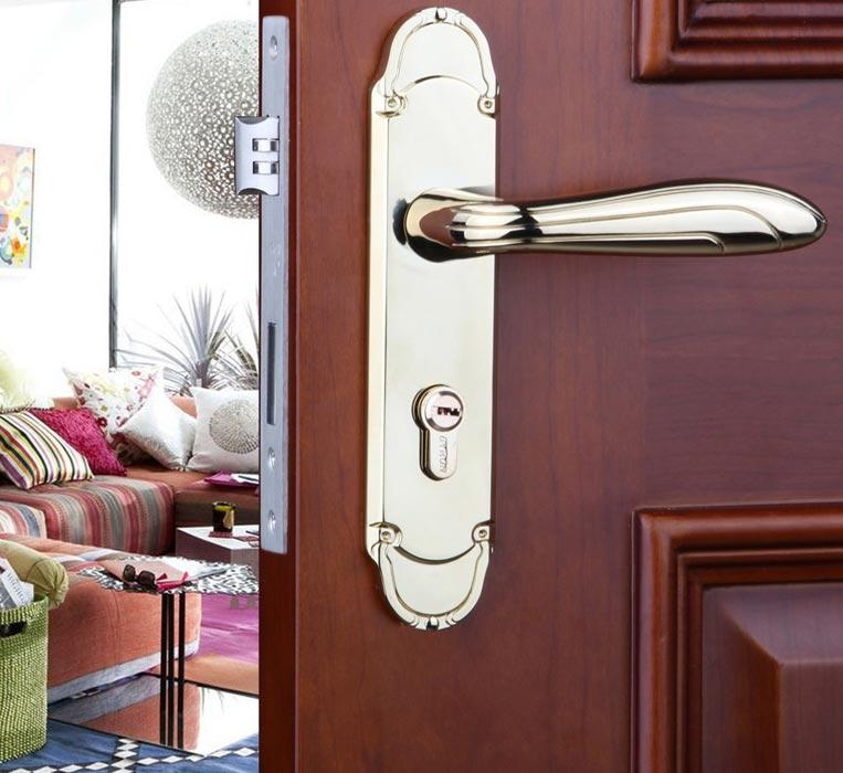 bedroom doors with locks