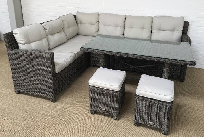 oakita garden furniture