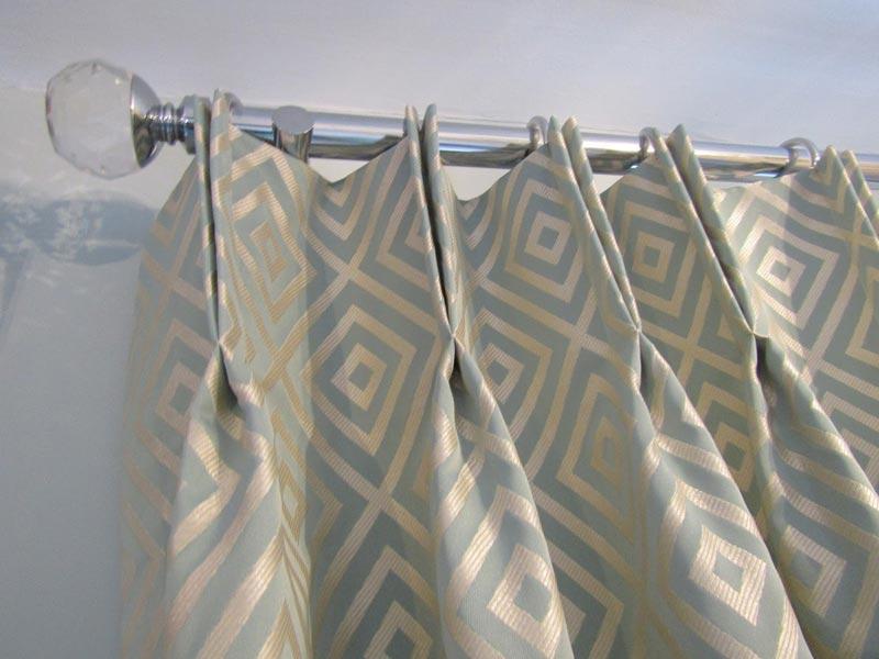 3 metre chrome curtain pole