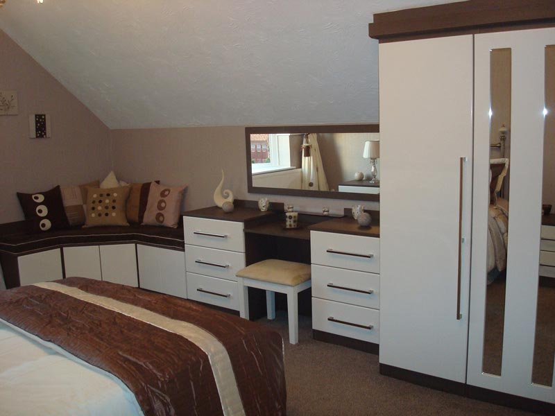 bedroom fitted wardrobes bolton