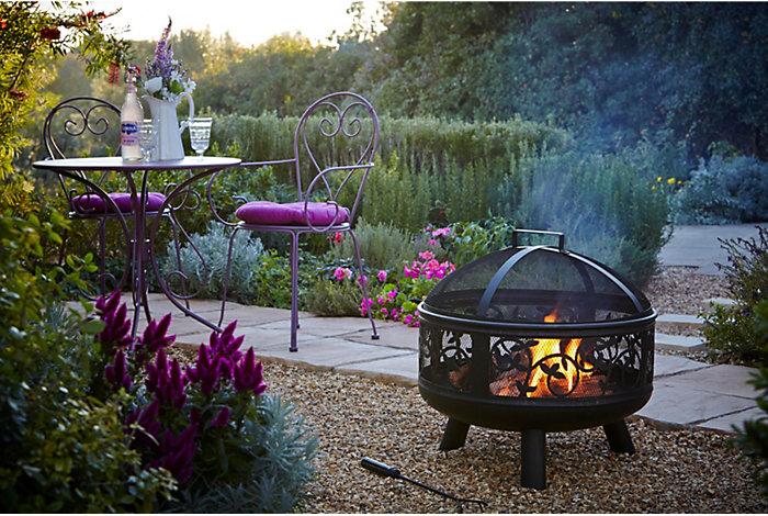 bq stores garden furniture2