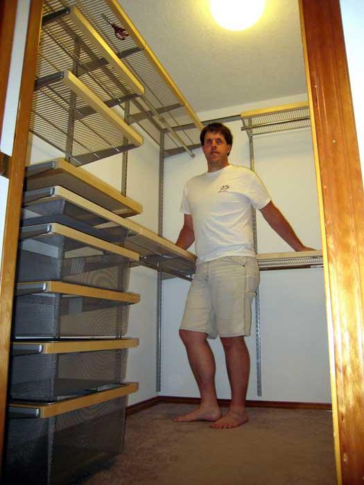 build custom closet shelves