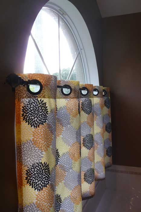 cafe curtains grommets